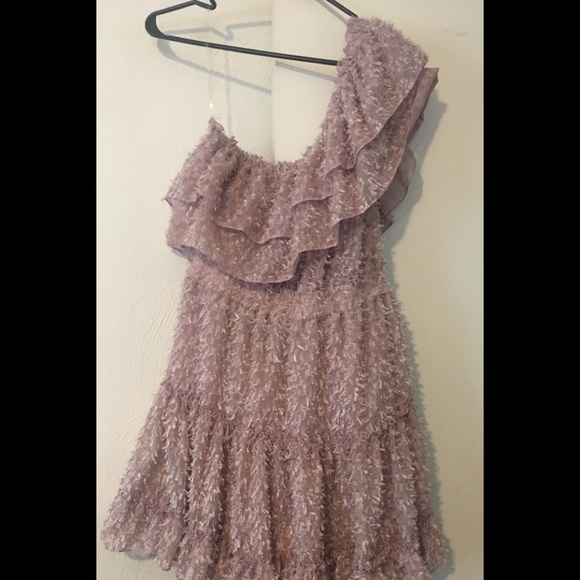 Rubber Ducky Productions, Inc. Dresses & Skirts - NEW w/out tags: Light Pink Ruffle Dress